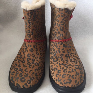 I Heart Kisses UGG Mini Boots